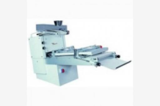 TURRI LONG LOAF MOULDER
